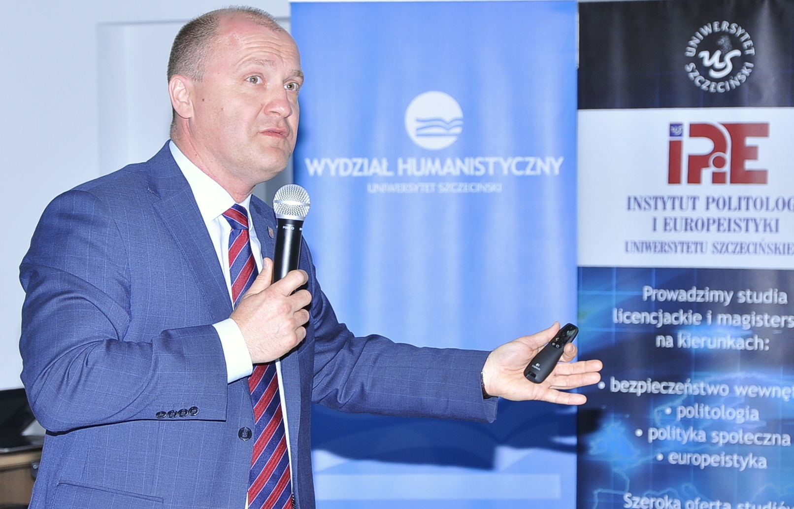 Prezydent Miasta Szczecin podczas wygłoszenia wykładu na WH – galeria zdjęć